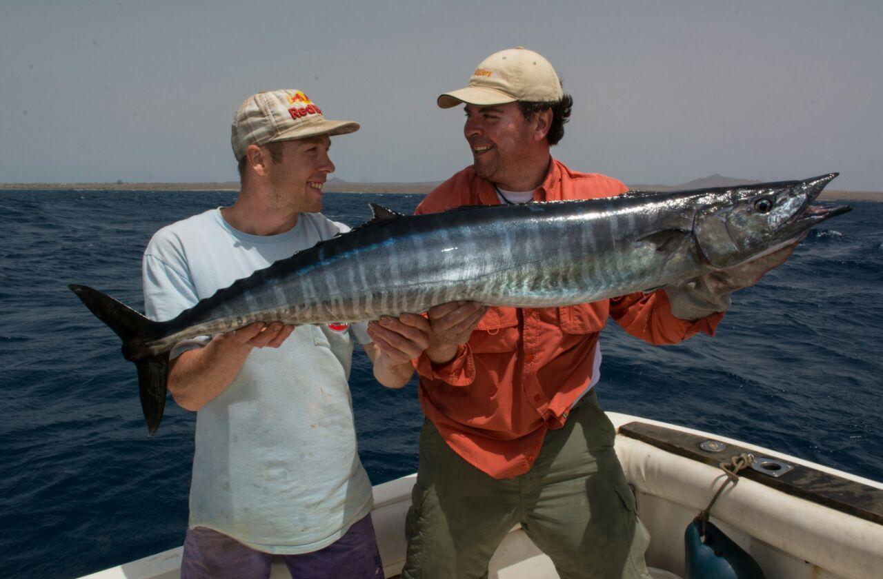 Maio Fishing Club